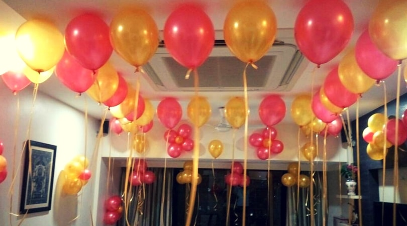 Balloon decoration at home delhi ncr rs 1600 for Balloon decoration at home