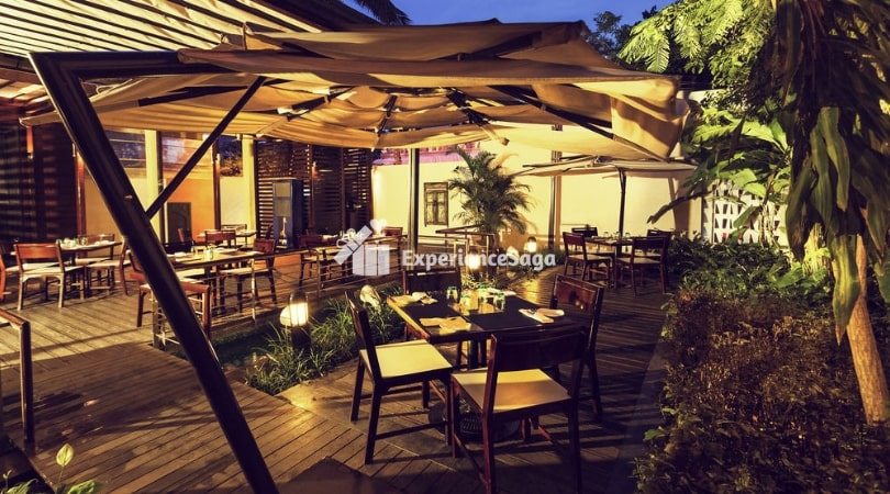 candlelight dinner at grand mercure bangalore