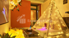Private Candlelight Dinner with Movie Screening Jaipur
